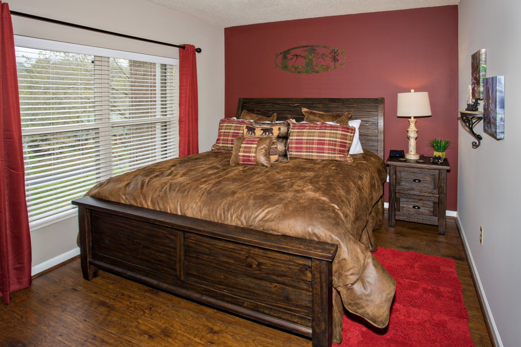 Photo of a Pigeon Forge Condo named Cedar Lodge 401 - This is the twelfth photo in the set.
