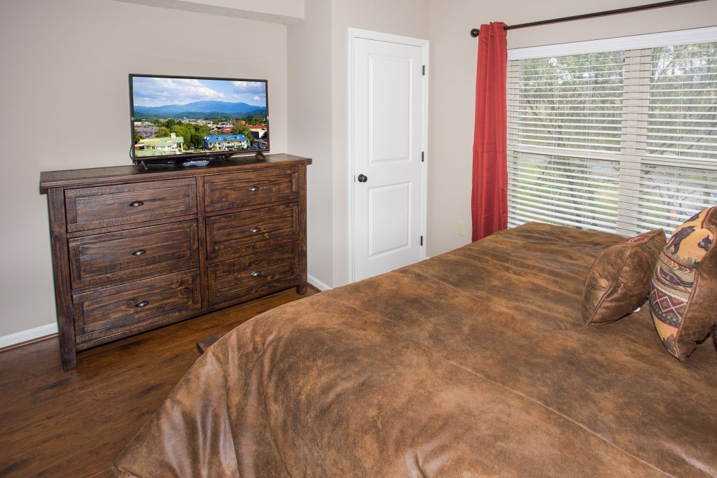 Photo of a Pigeon Forge Condo named Cedar Lodge 401 - This is the thirteenth photo in the set.