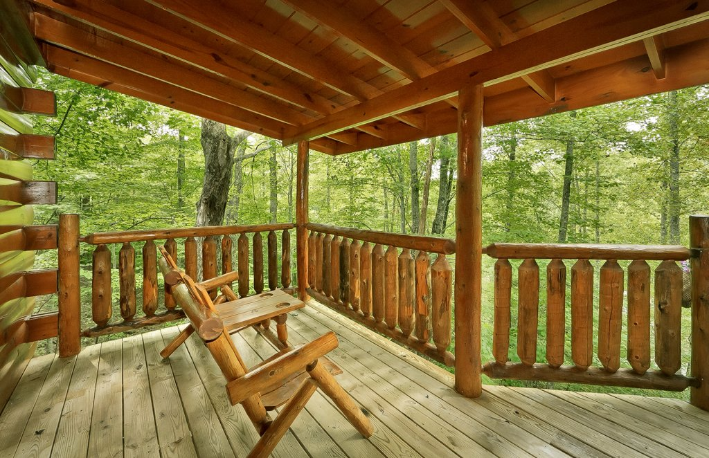 Photo of a Gatlinburg Cabin named The Treehouse #1708 - This is the third photo in the set.