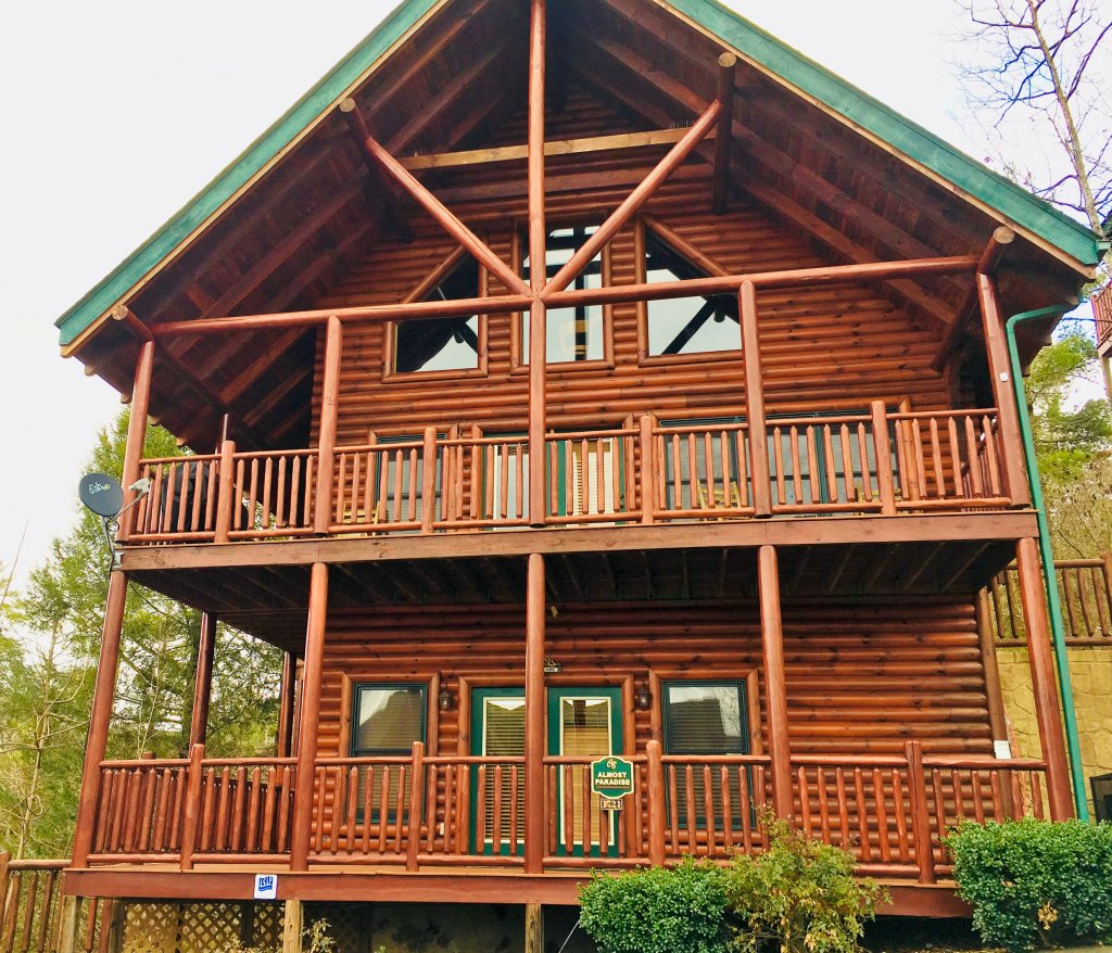 Photo of a Pigeon Forge Cabin named Take It Easy - This is the sixth photo in the set.