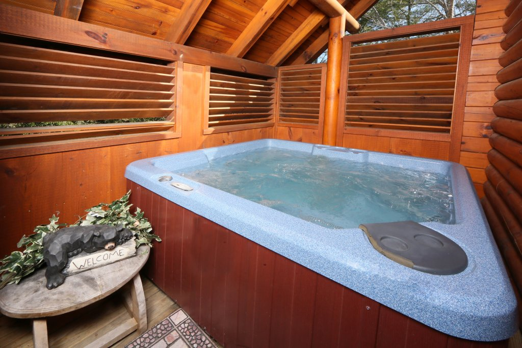 Photo of a Pigeon Forge Cabin named Take It Easy - This is the fifth photo in the set.