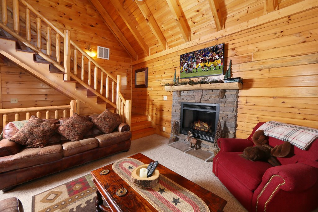 Photo of a Pigeon Forge Cabin named Take It Easy - This is the eighth photo in the set.