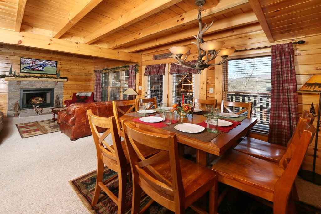 Photo of a Pigeon Forge Cabin named Take It Easy - This is the thirty-first photo in the set.