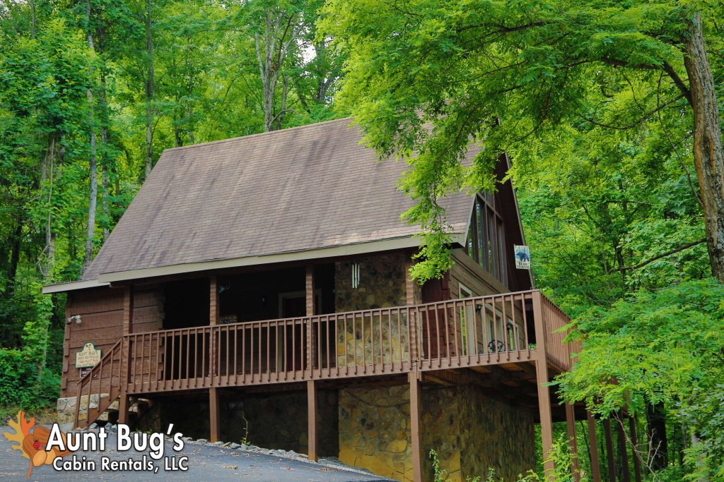 Photo of a Pigeon Forge Cabin named A Secluded Retreat #216 - This is the twenty-seventh photo in the set.