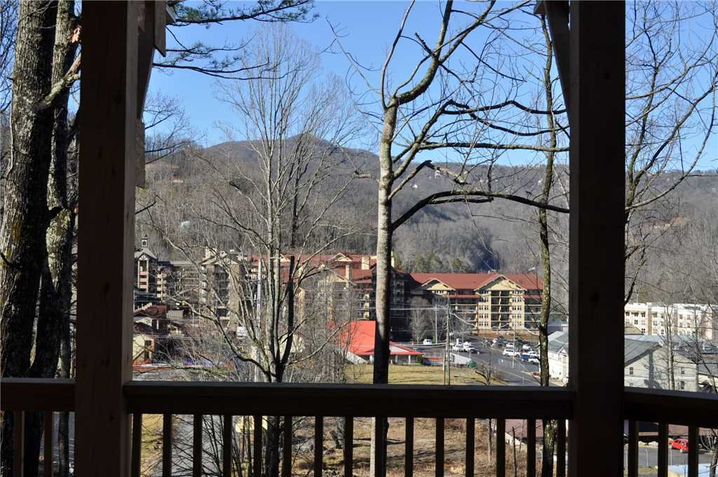 Photo of a Gatlinburg Cabin named The Great Maple Retreat - This is the eighth photo in the set.