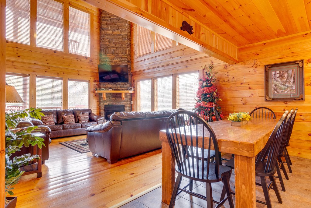 Photo of a Pigeon Forge Cabin named Beary Dee-lightful - This is the fourth photo in the set.