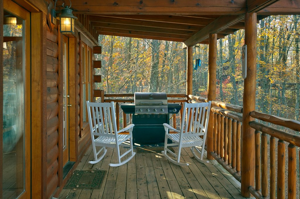Photo of a Gatlinburg Cabin named Moonlight Obsession #254 - This is the fourth photo in the set.