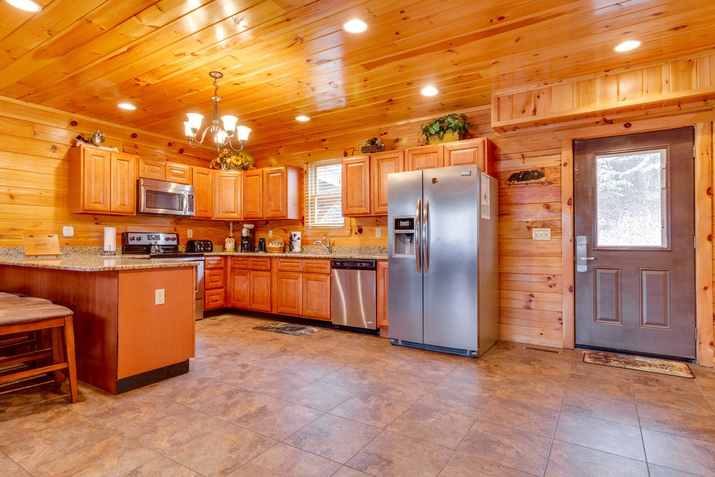 Photo of a Pigeon Forge Cabin named Beary Dee-lightful - This is the sixth photo in the set.