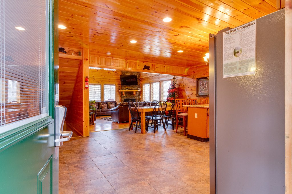 Photo of a Pigeon Forge Cabin named Beary Dee-lightful - This is the tenth photo in the set.