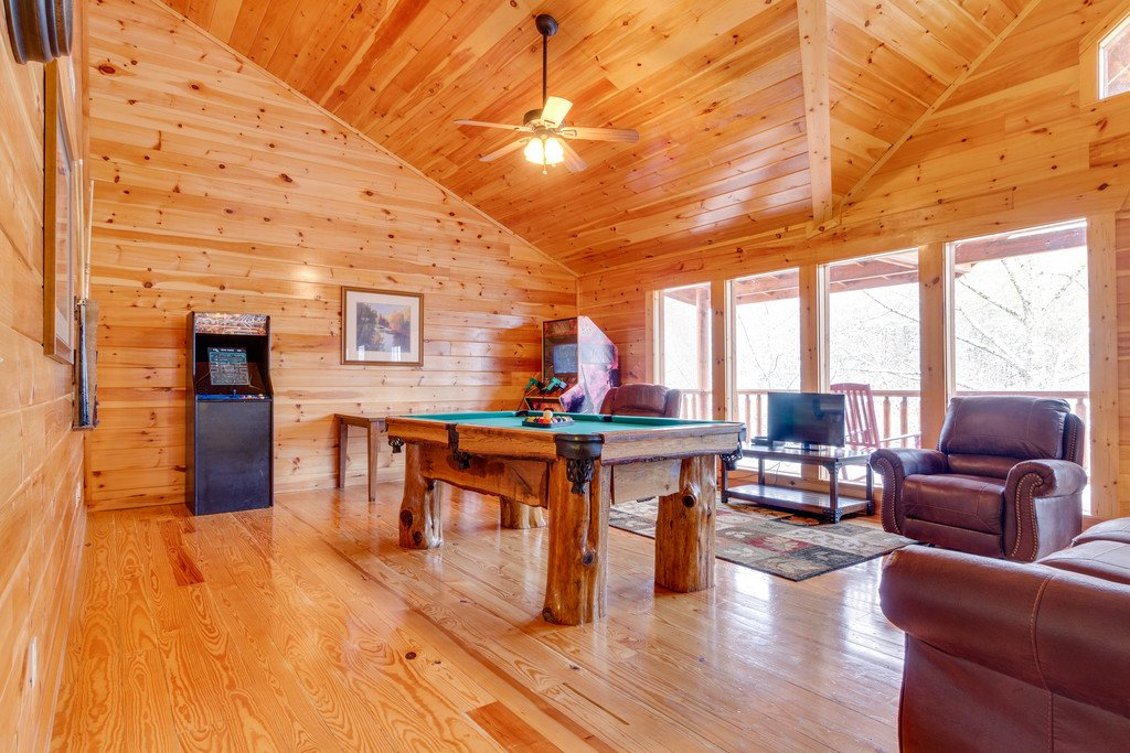 Photo of a Pigeon Forge Cabin named Beary Dee-lightful - This is the twenty-second photo in the set.