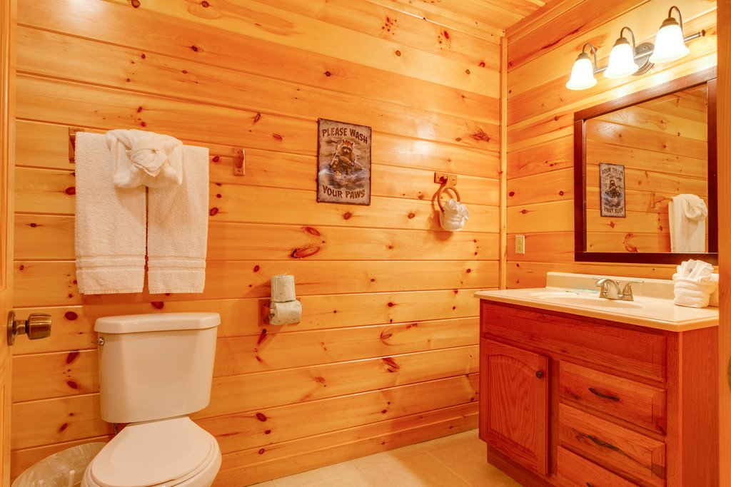 Photo of a Pigeon Forge Cabin named Beary Dee-lightful - This is the thirty-first photo in the set.