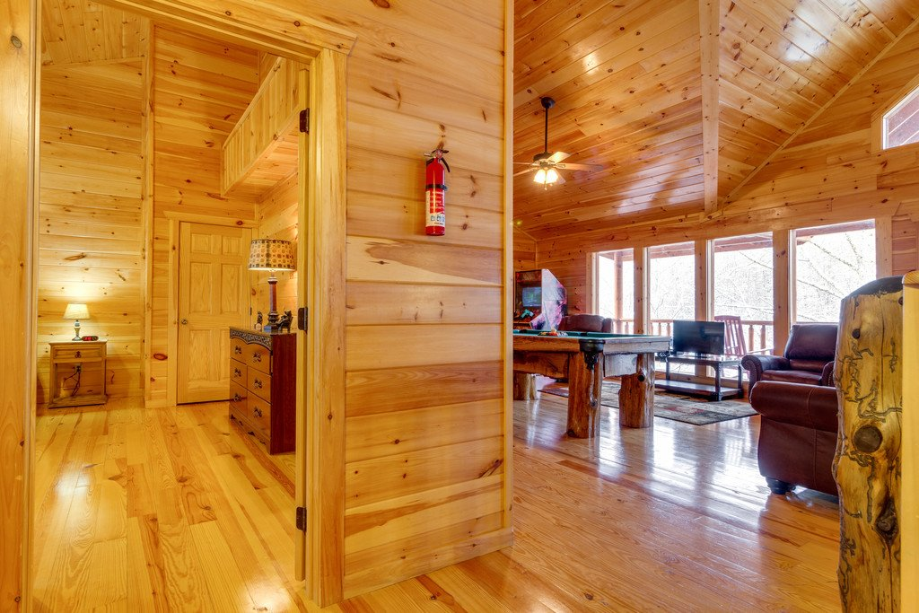 Photo of a Pigeon Forge Cabin named Beary Dee-lightful - This is the twenty-first photo in the set.
