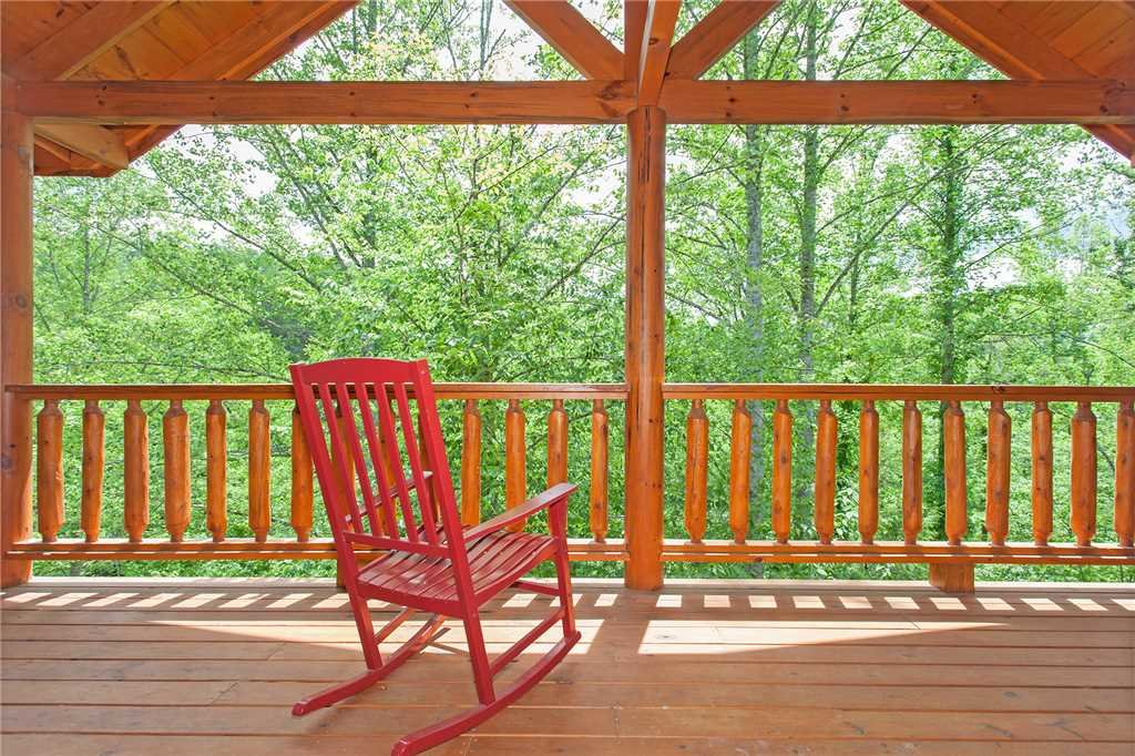 Photo of a Pigeon Forge Cabin named Beary Dee-lightful - This is the fifty-seventh photo in the set.