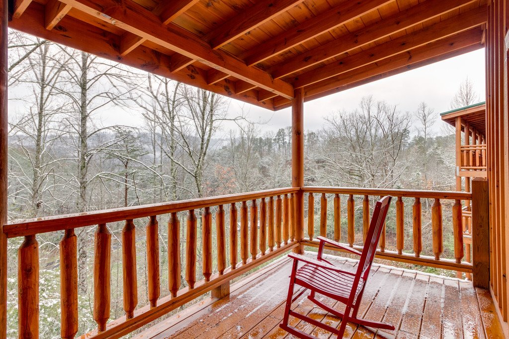 Photo of a Pigeon Forge Cabin named Beary Dee-lightful - This is the thirty-sixth photo in the set.