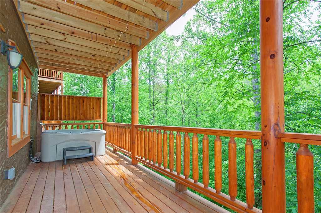 Photo of a Pigeon Forge Cabin named Beary Dee-lightful - This is the fifty-fifth photo in the set.