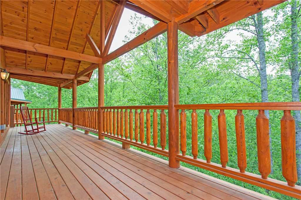 Photo of a Pigeon Forge Cabin named Beary Dee-lightful - This is the fifty-eighth photo in the set.