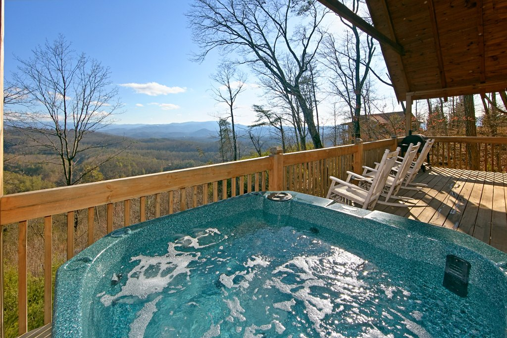 Photo of a Pigeon Forge Cabin named A View For All Seasons #405 - This is the third photo in the set.