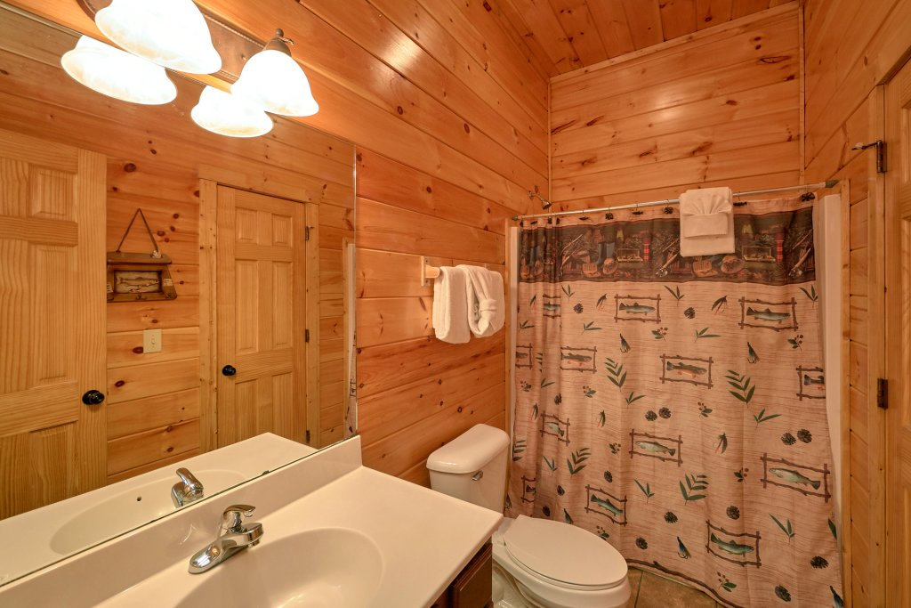 Photo of a Gatlinburg Cabin named A Smoky Hideaway - This is the forty-eighth photo in the set.