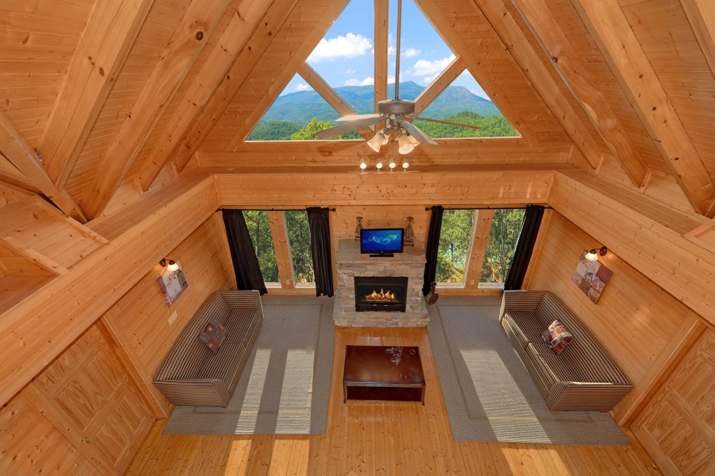 Photo of a Pigeon Forge Cabin named Home Theater Lodge - This is the forty-third photo in the set.