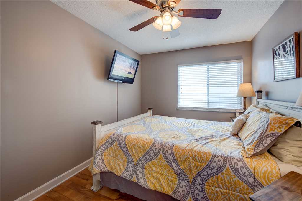 Photo of a Gatlinburg Condo named Grand View - This is the eleventh photo in the set.