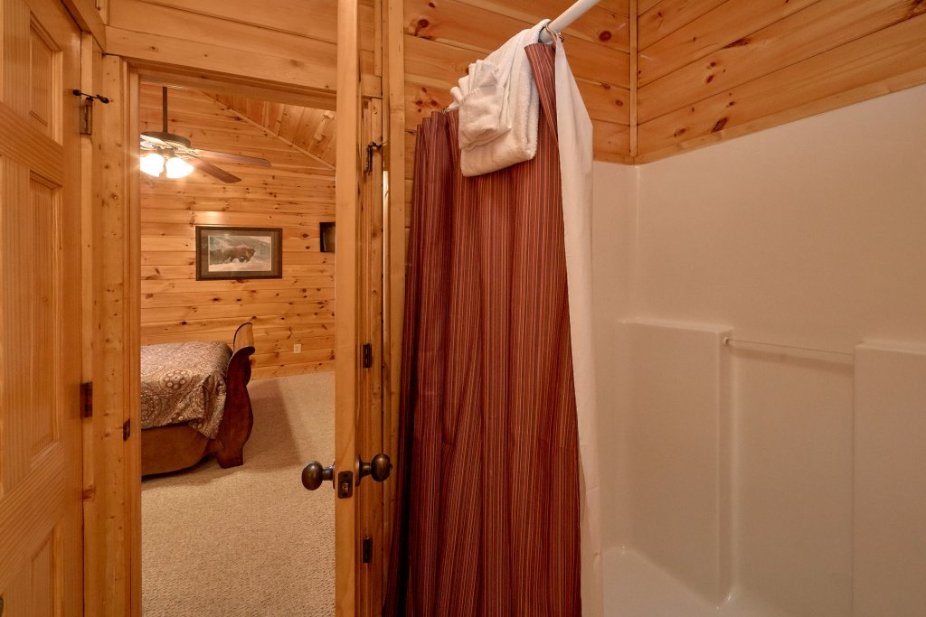 Photo of a Gatlinburg Cabin named A Smoky Hideaway - This is the fifty-second photo in the set.