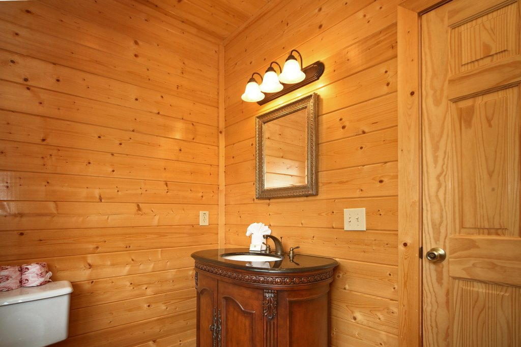 Photo of a Pigeon Forge Cabin named Home Theater Lodge - This is the fifty-ninth photo in the set.
