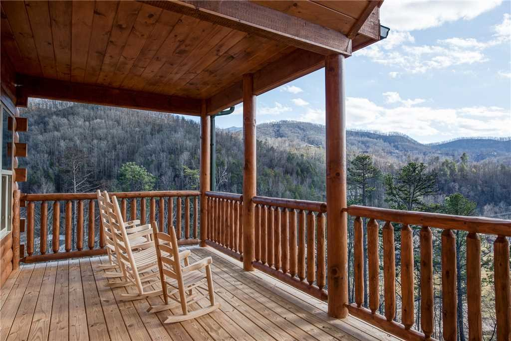 Photo of a Gatlinburg Cabin named Damron's Dream - This is the thirty-sixth photo in the set.