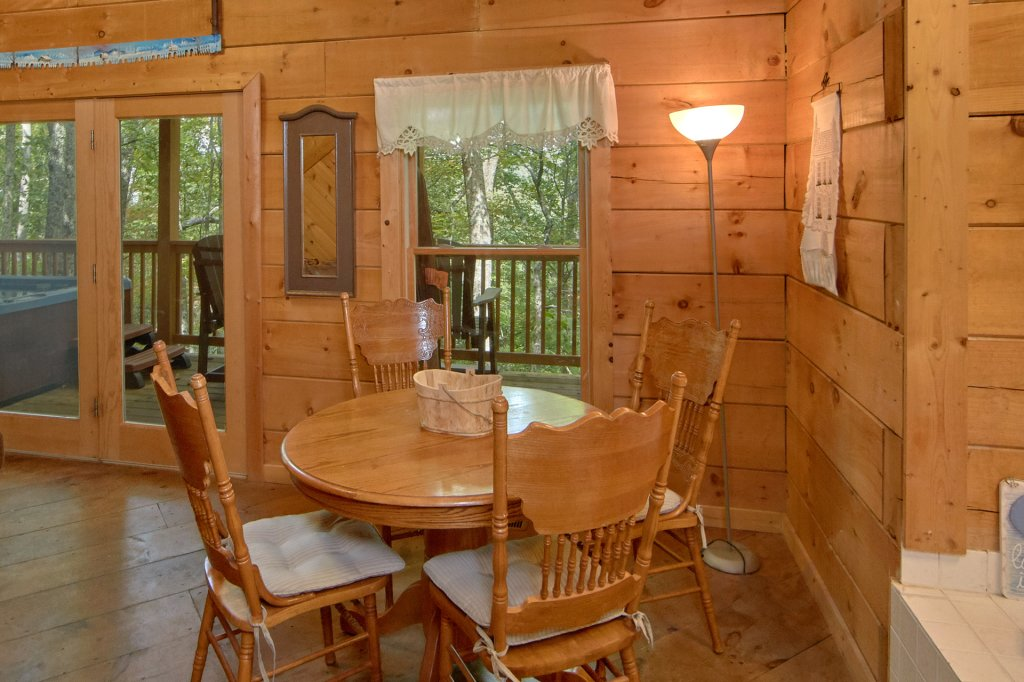 Photo of a Pigeon Forge Cabin named All Tucked Away 114 - This is the twelfth photo in the set.