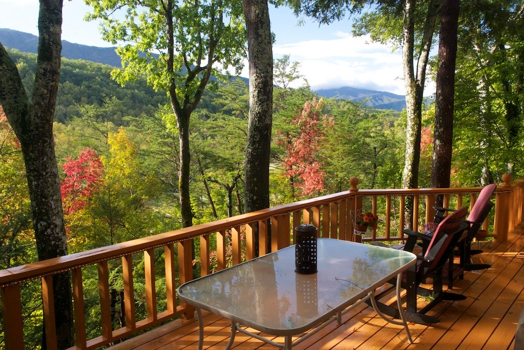 Photo of a Gatlinburg Cabin named Shooting Star - This is the first photo in the set.