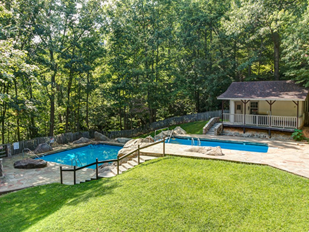 Photo of a Gatlinburg Cabin named Shooting Star - This is the thirty-first photo in the set.