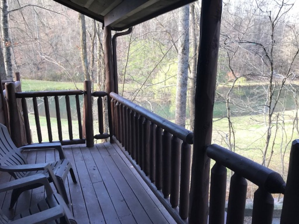 Photo of a Gatlinburg Cabin named Lover's Lake #105 - This is the second photo in the set.