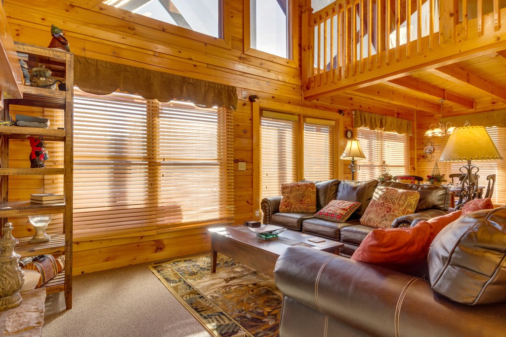 Photo of a Pigeon Forge Cabin named Tennessee Dreams - This is the third photo in the set.