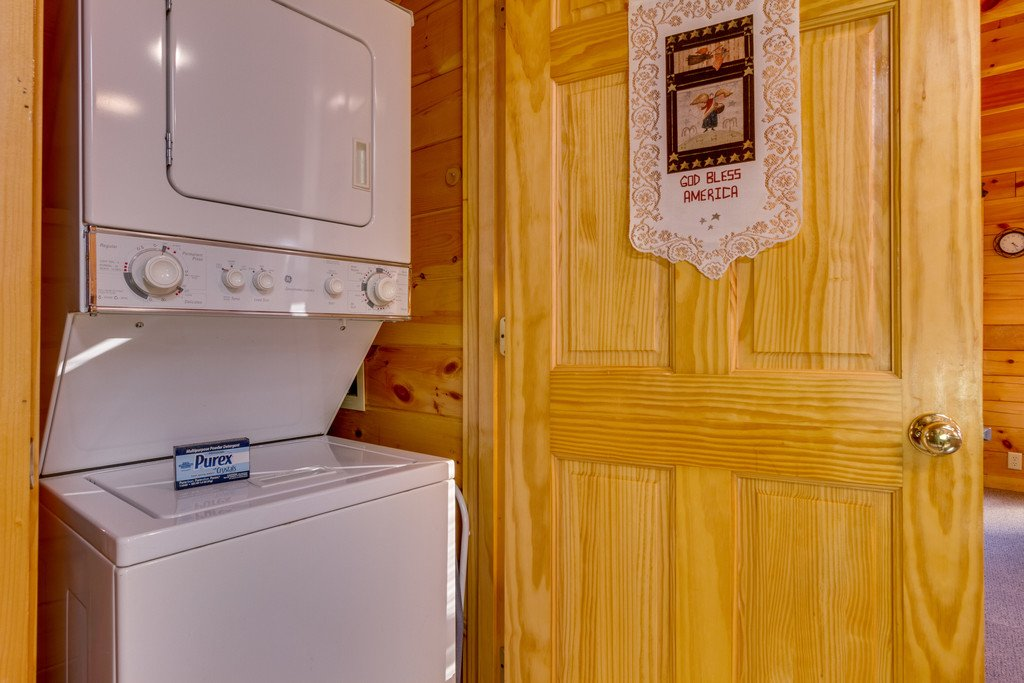 Photo of a Pigeon Forge Cabin named Tennessee Dreams - This is the thirteenth photo in the set.