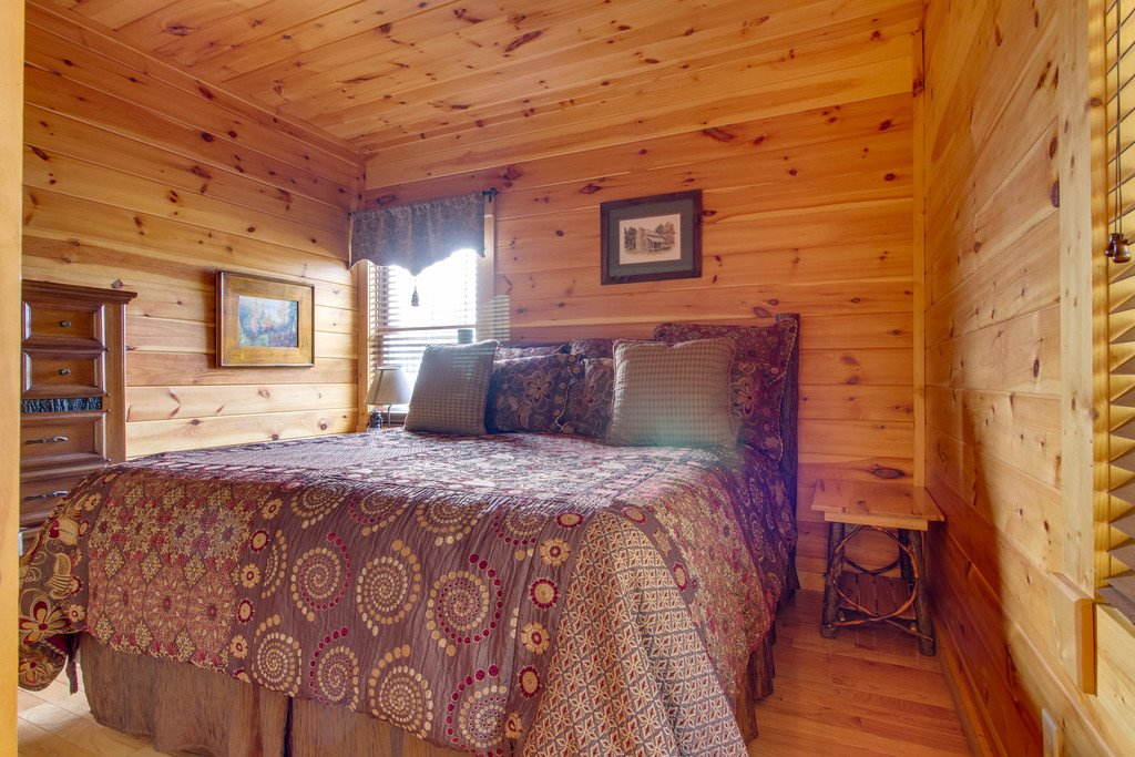 Photo of a Pigeon Forge Cabin named Panoramic Point - This is the twelfth photo in the set.