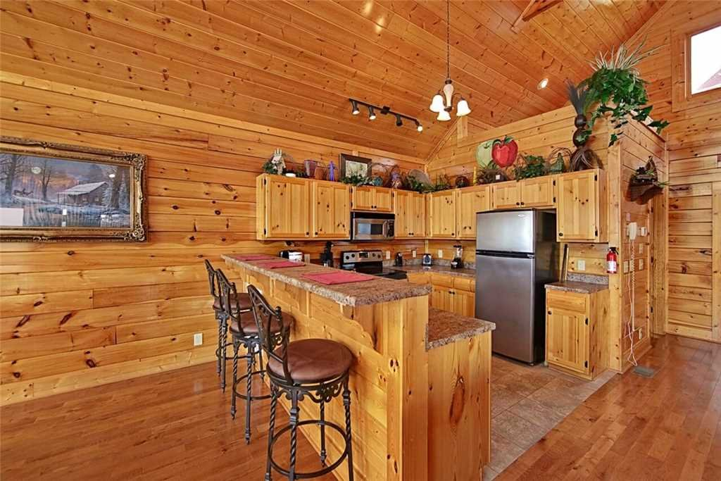 Photo of a Pigeon Forge Cabin named Shooting Star - This is the fourth photo in the set.