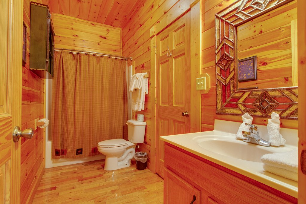 Photo of a Pigeon Forge Cabin named Panoramic Point - This is the twentieth photo in the set.