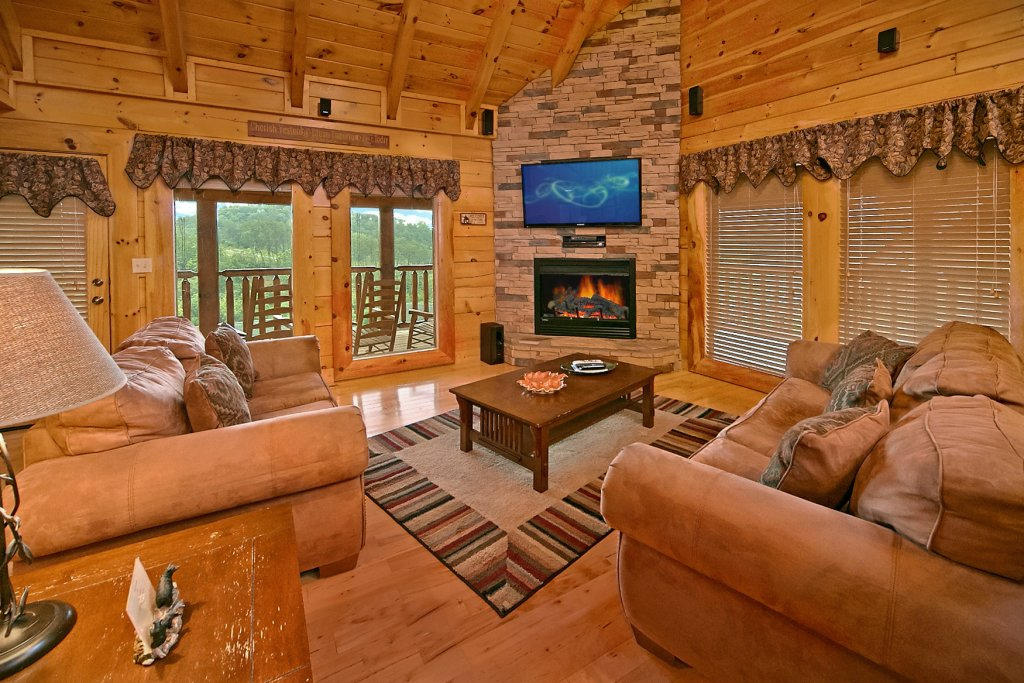 Photo of a Pigeon Forge Cabin named Bear Hug #275 - This is the thirteenth photo in the set.