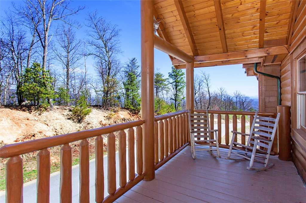 Photo of a Sevierville Cabin named Morning View Manor - This is the one hundred and fifth photo in the set.
