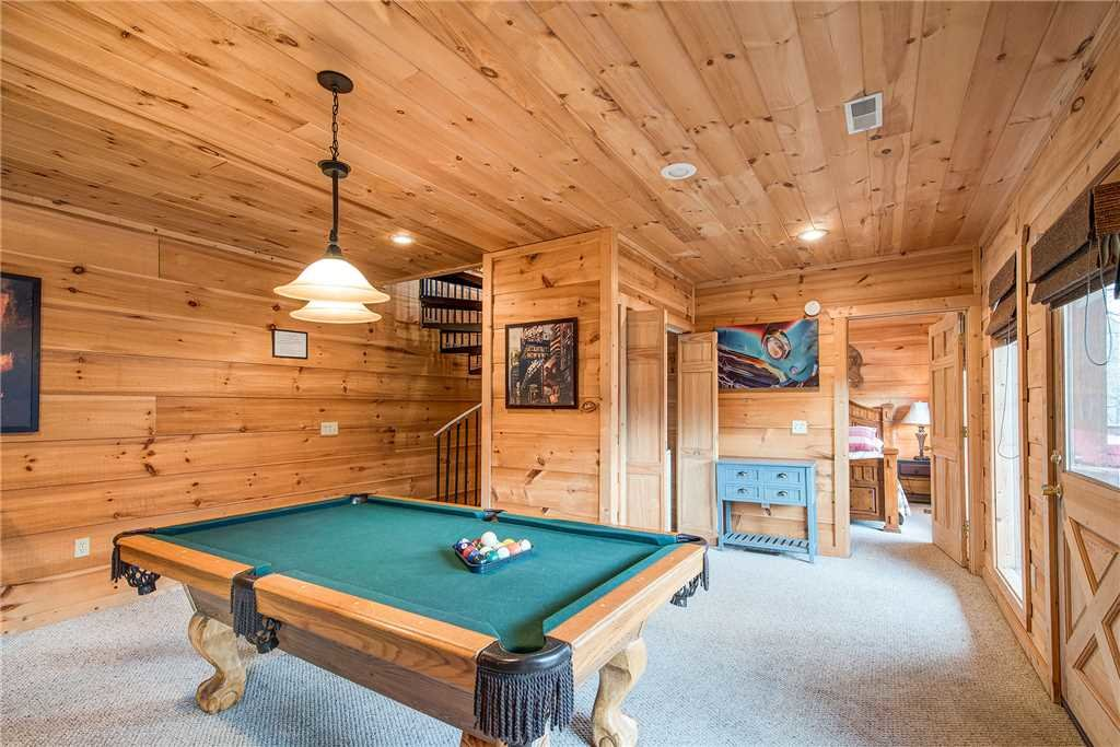 Photo of a Sevierville Cabin named Bear Pause - This is the ninth photo in the set.