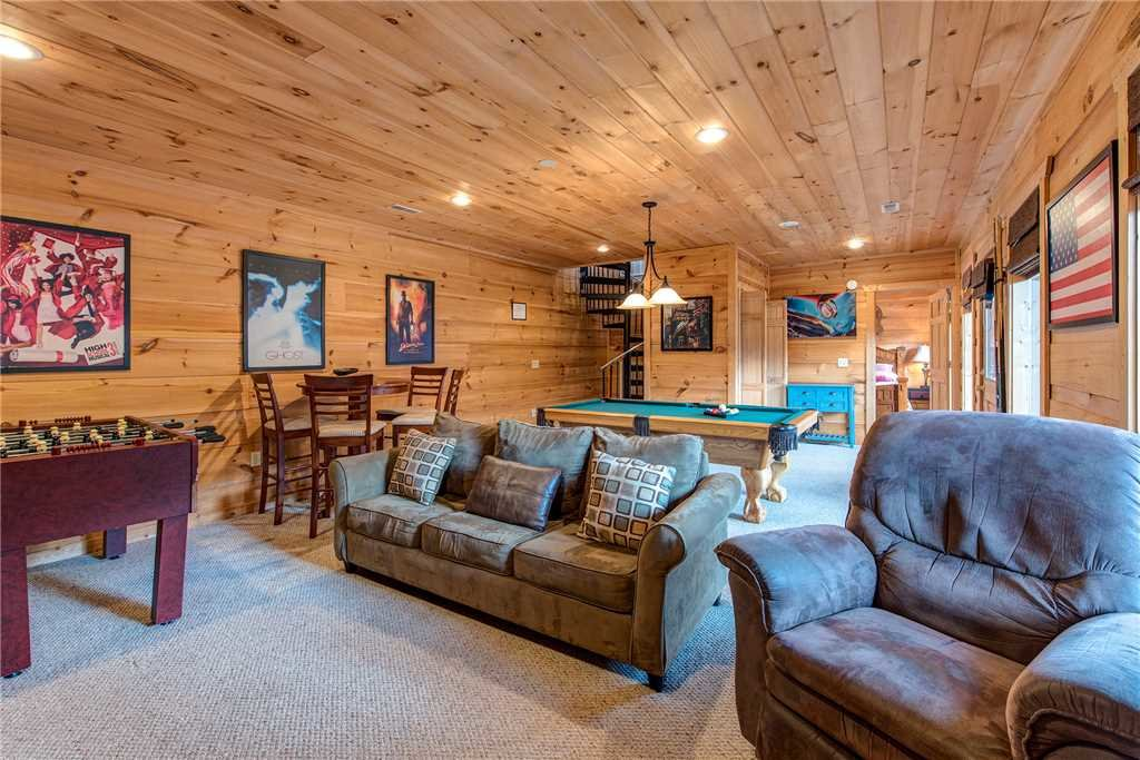 Photo of a Sevierville Cabin named Bear Pause - This is the eleventh photo in the set.