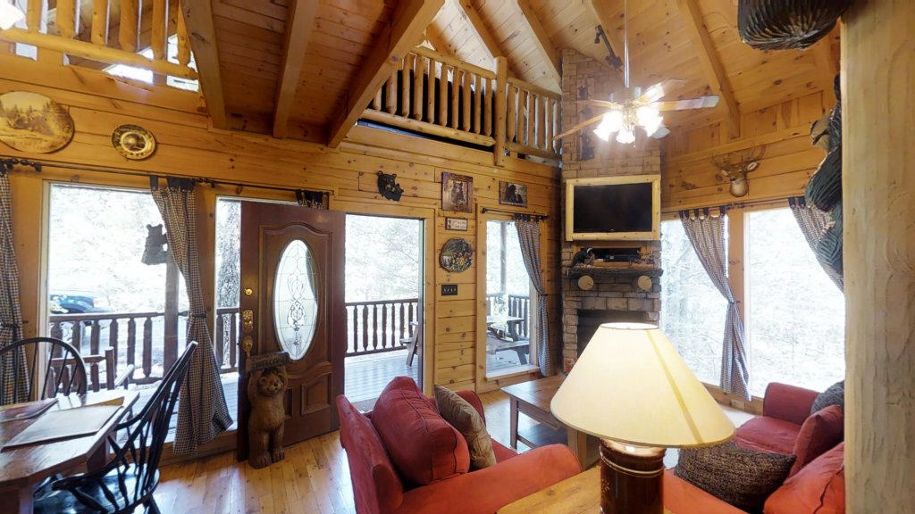 Photo of a Gatlinburg Cabin named Beary Secluded #296 - This is the eighth photo in the set.