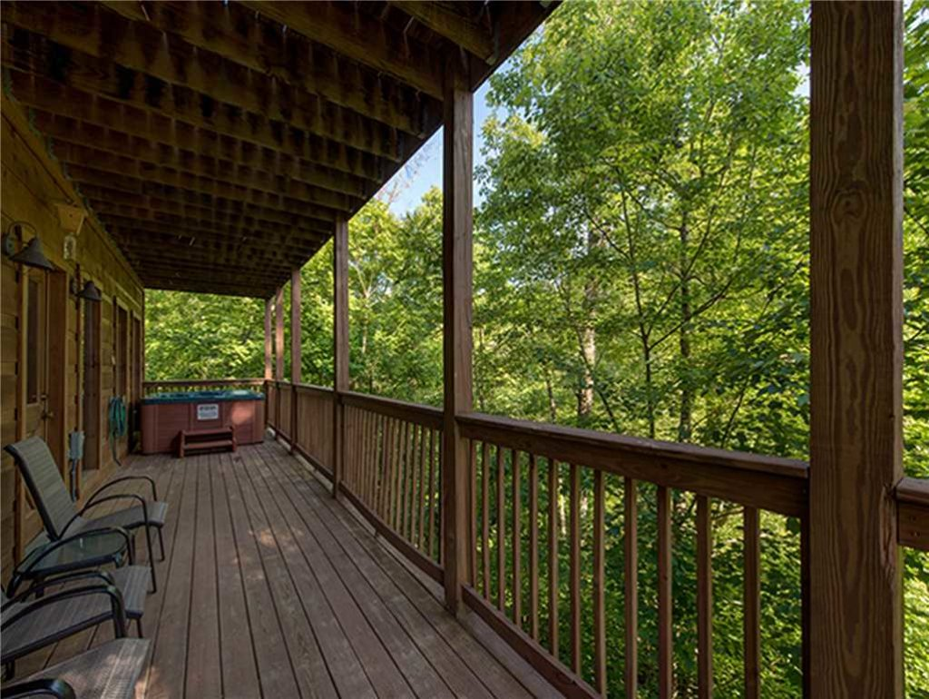Photo of a Sevierville Cabin named Bear Pause - This is the twenty-sixth photo in the set.