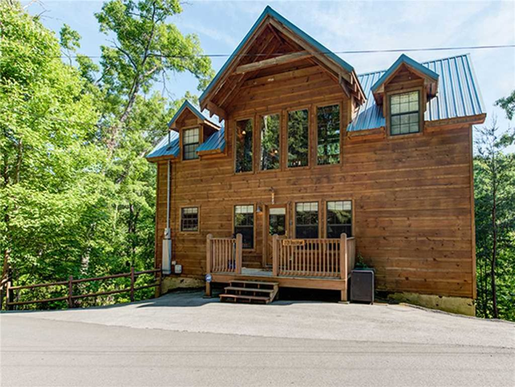 Photo of a Sevierville Cabin named Bear Pause - This is the twenty-seventh photo in the set.