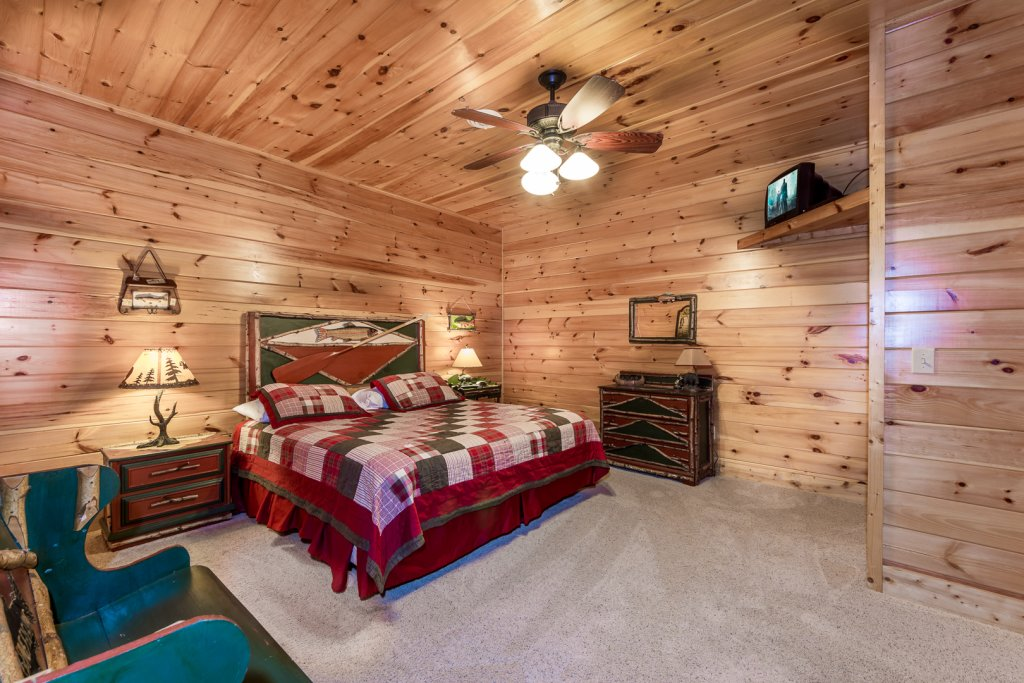 Photo of a Pigeon Forge Cabin named A Cut Above #371 - This is the nineteenth photo in the set.