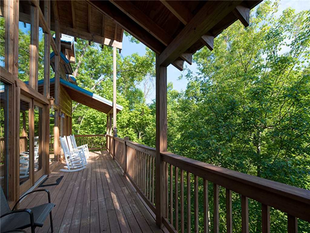 Photo of a Sevierville Cabin named Bear Pause - This is the twenty-fifth photo in the set.