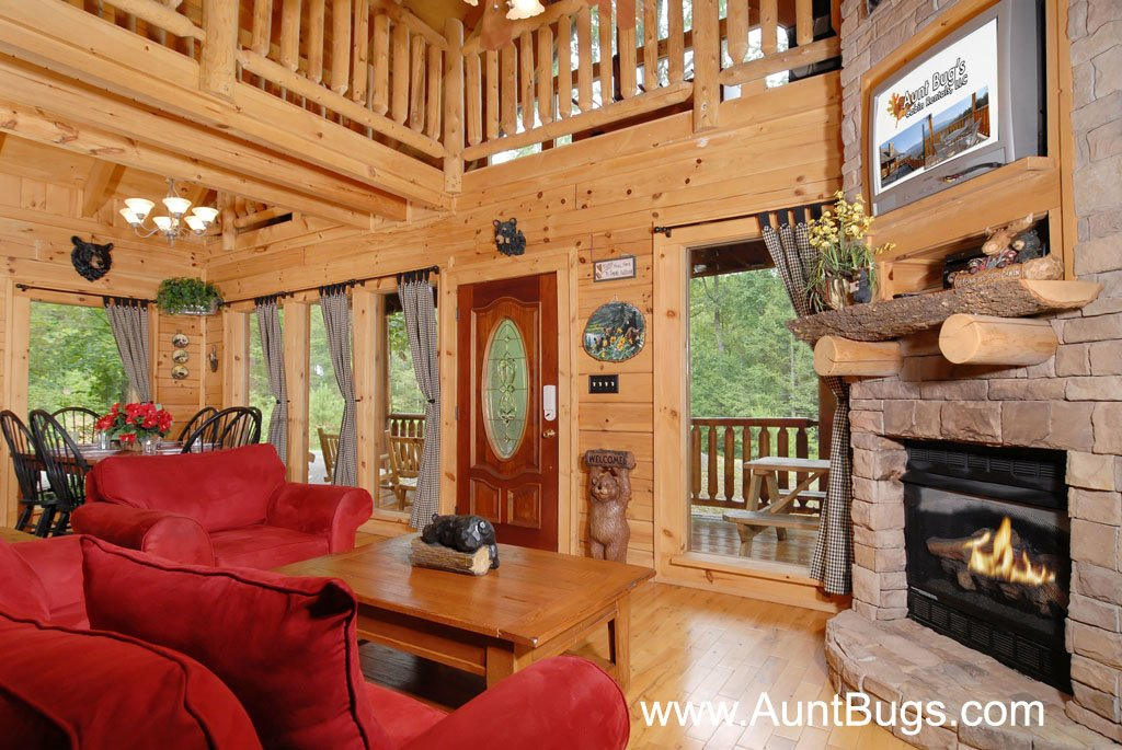 Photo of a Gatlinburg Cabin named Beary Secluded #296 - This is the thirty-ninth photo in the set.