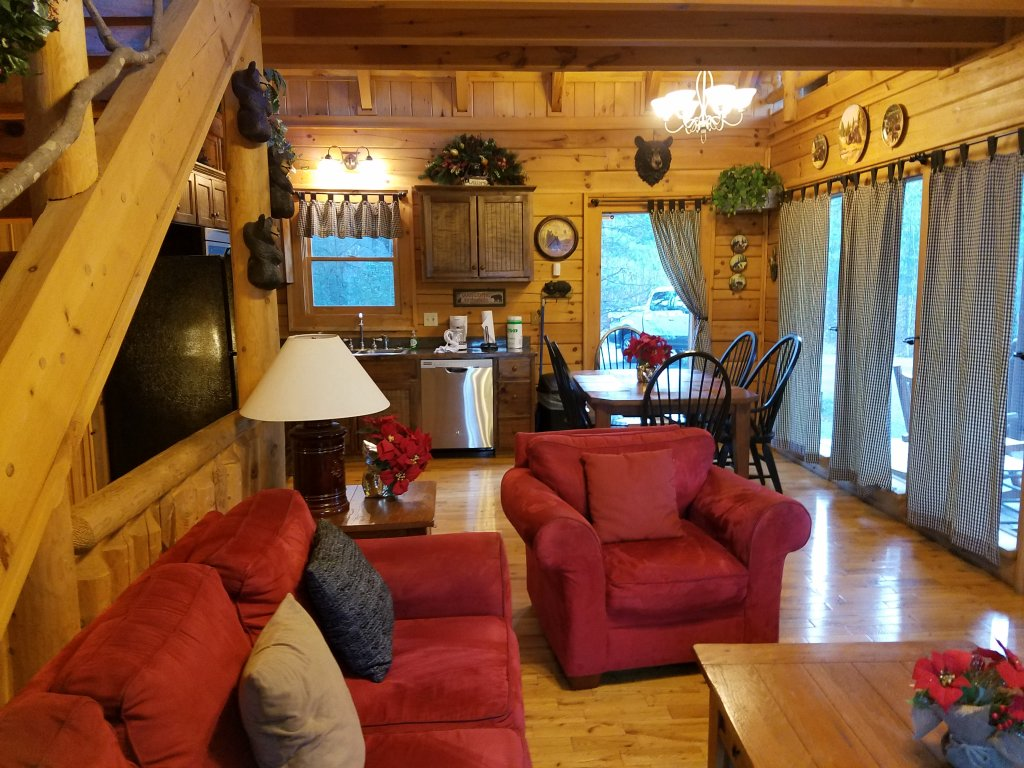 Photo of a Gatlinburg Cabin named Beary Secluded #296 - This is the fiftieth photo in the set.