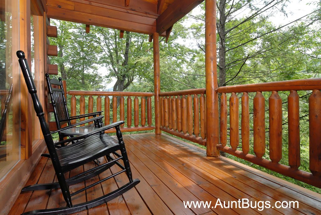 Photo of a Gatlinburg Cabin named Beary Secluded #296 - This is the forty-fifth photo in the set.