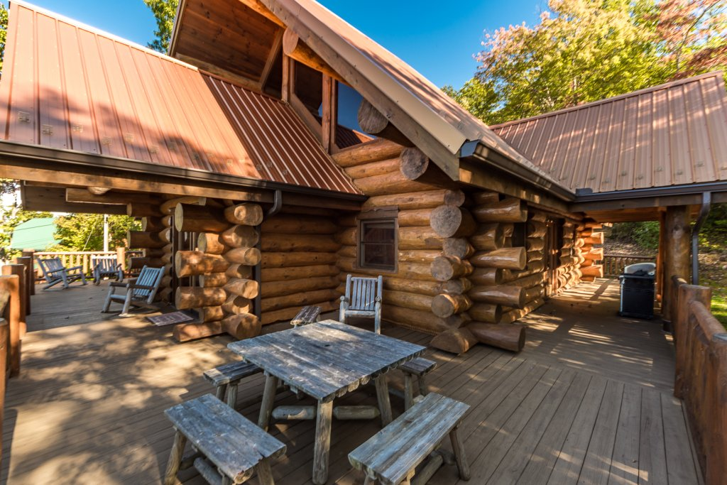 Photo of a Pigeon Forge Cabin named A Cut Above #371 - This is the forty-eighth photo in the set.