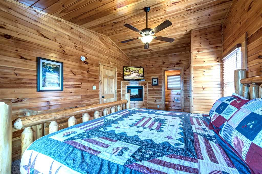 Photo of a Gatlinburg Cabin named Day Dreamer - This is the twelfth photo in the set.